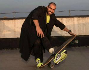 Personal trainer recebe prótese e planeja carreira paralímpica