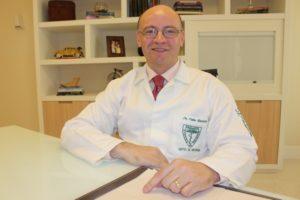 Dr Fabio Batista especialista em pés diabéticos baixa