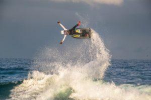 Atleta brasileiro encara 4ª etapa do Mundial de Motosurf nos EUA