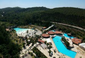 Magic City antecipa o verão e parque aquático abre todos os dias