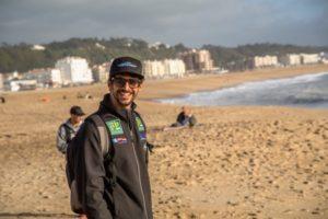Bruno Jacob encara as ondas de Biscarosse, na França