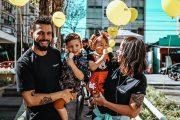 Empreendedor aposta em transformação social com abertura de hamburguerias em comunidades de SP
